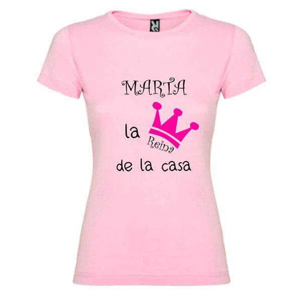 camiseta-rosa-la-reina-de-la-casa